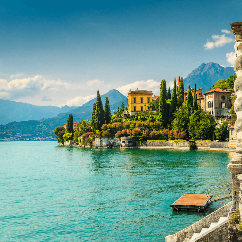 boat and villas tours on lake como