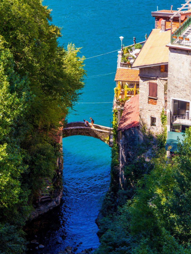 Little bridge, Lake Como